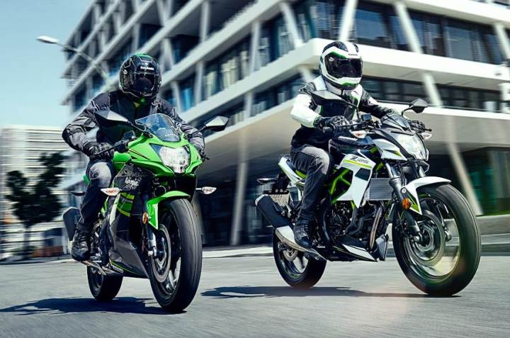 Beginner bike bonanza: New Kawasaki Z125, Ninja 125 break cover at Intermot