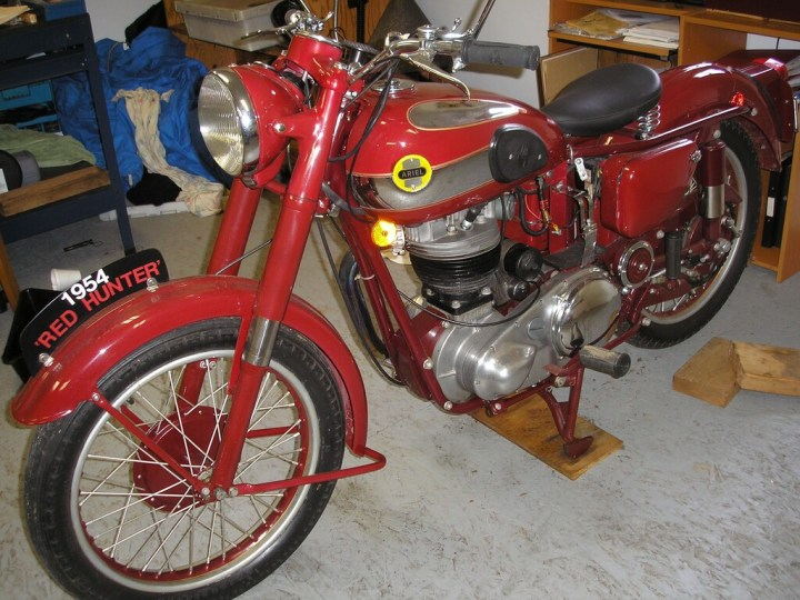 Find of the Month: 1954 Ariel VH