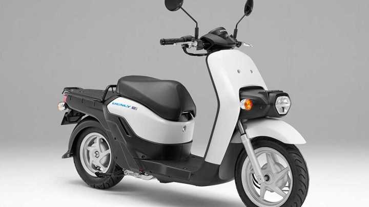Honda lands major electric scooter order