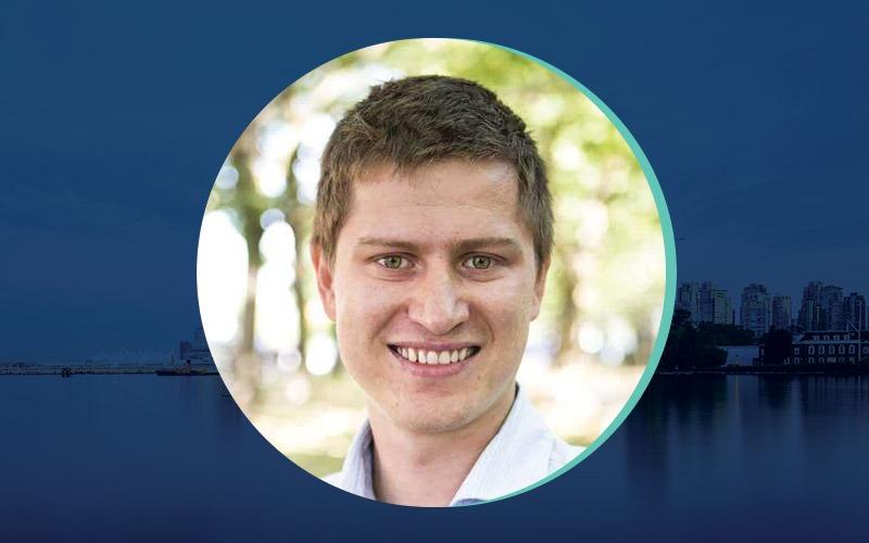 Ilya Brotzky Headshot