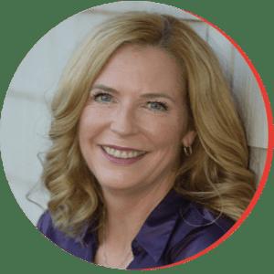 Carolyn Cooper-McQuatt headshot