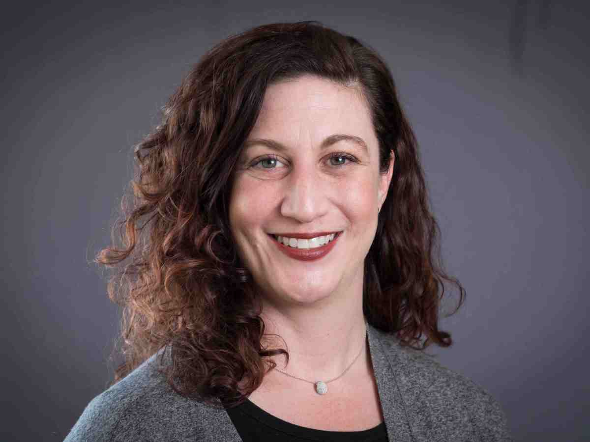 Dr. Jennifer Ryan, Senior Scientist