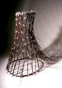 """Into The Forest (2006) // Verre travaillé à chaud, branche d'arbre, fil de cuivre, 125 x 107 x 183cm / Hot worked glass, choke cherry trees & copper wire, 49"""" x 42"""" x 72"""" Sold to Musée national des beaux-arts du Québec"""