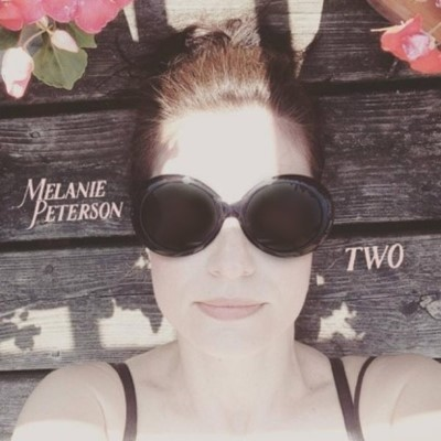 "PREMIERE - Melanie Peterson releases lyric video for ""Been So Long"""