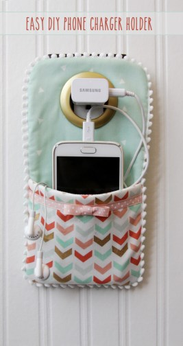 Easy-DIY-Phone-Charger-Holder(1)