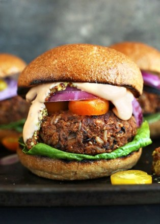 AMAZING-GRILLABLE-Veggie-Burgers-Hearty-flavorful-and-hold-up-on-the-grill-or-skillet-vegan-veggieburger-grilling-dinner-healthy-recipe-729x1024