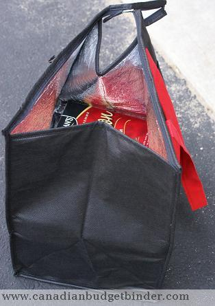 groceries-inside-insulated-grocery-bag-wm