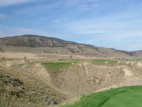 Tobiano's unrelenting seventh hole