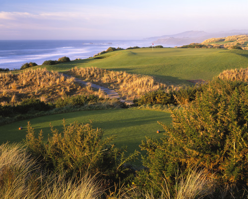 One of two consecutive par-3s at Pacific Dunes