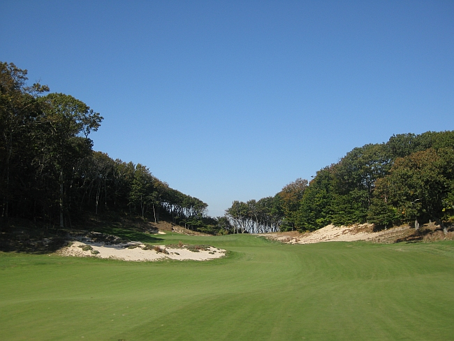 """Taking risks: Friar's Head owner Ken Bakst wanted a """"special course,"""" and took the chances needed to get one."""