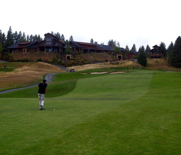 Approach shot to 18th green, one of the tougher approaches on the course.