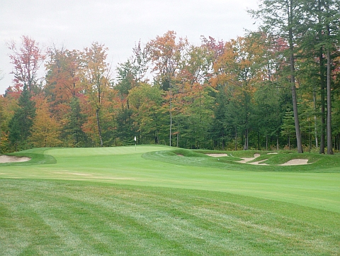 Photo shy: Magog's owners aren't keen in photos, so here's my solitary shot of the par-5 with McBroom's busy bunkers surrounding the green.