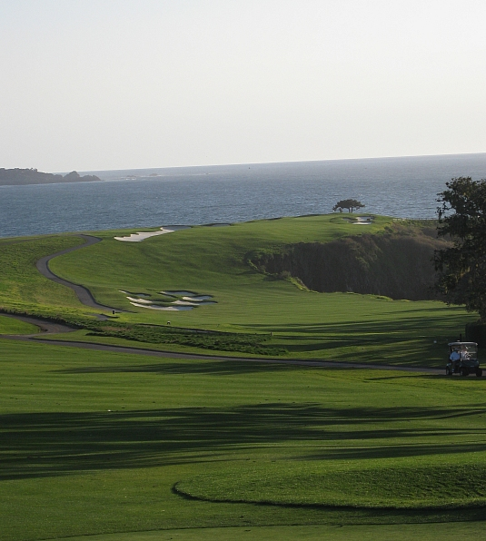 Sweeping to the ocean: The sixth at Pebble with Arnie's awful bunkers