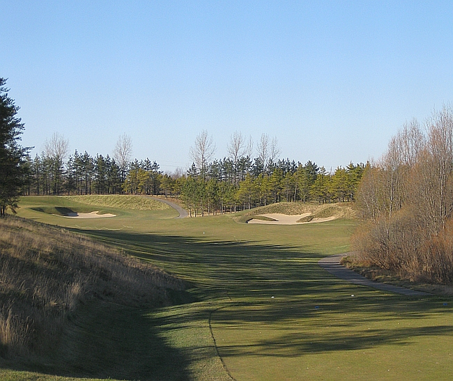 All the leaves are brown... a final November round at Osprey Valley.