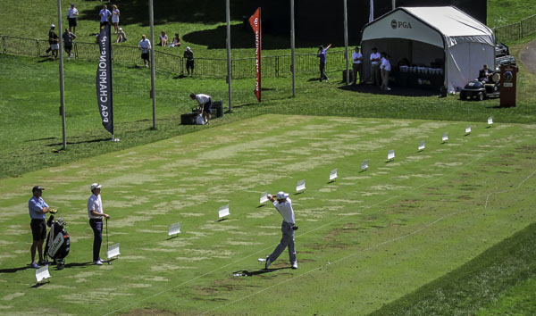 Adam Scott (-5) was the last player off the range as he played in the final group with Jason Dufner.