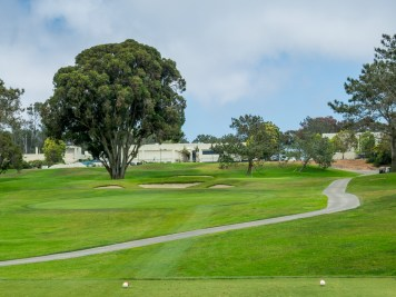 Uphill par-3 8th hole