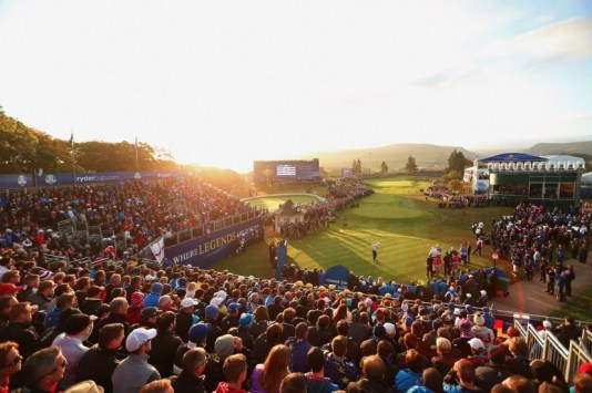 Gleneagles Ryder Cup first hole (Image: @RyderCupEurope)