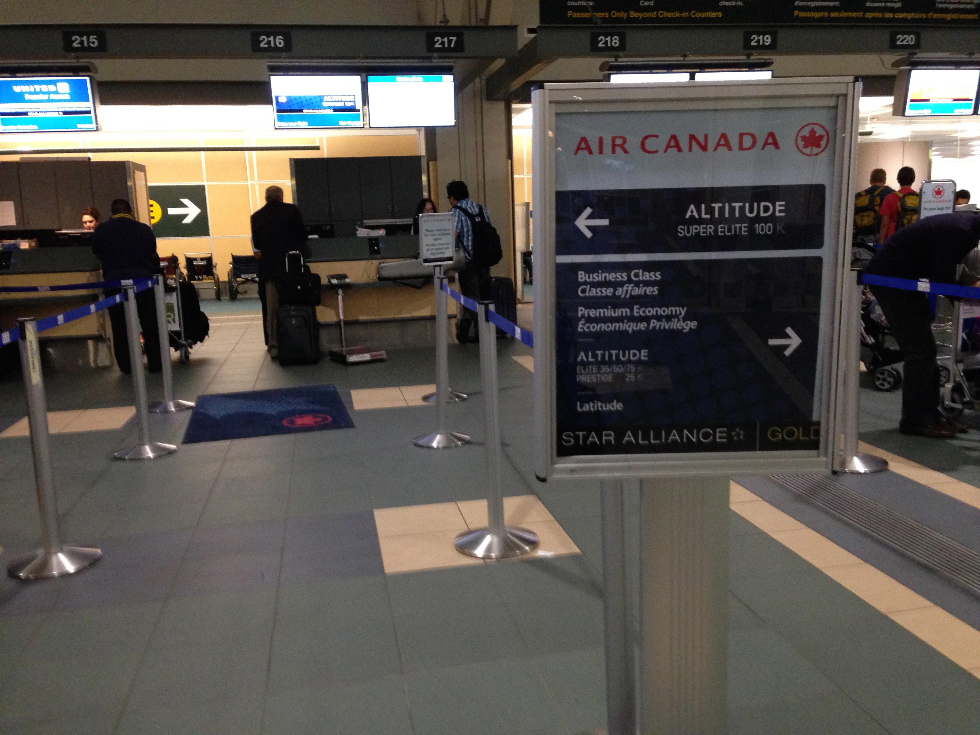 Yvr Plaza Premium Lounge Transborder Review Canadian Kilometers