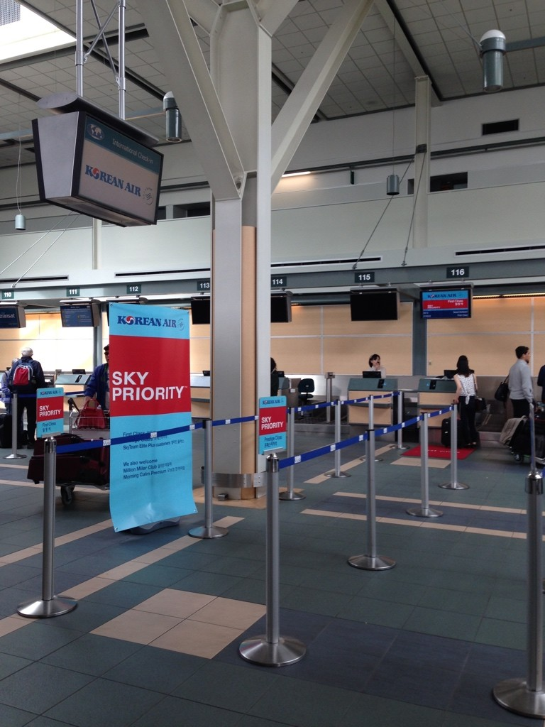 Korean Air YVR Check-in
