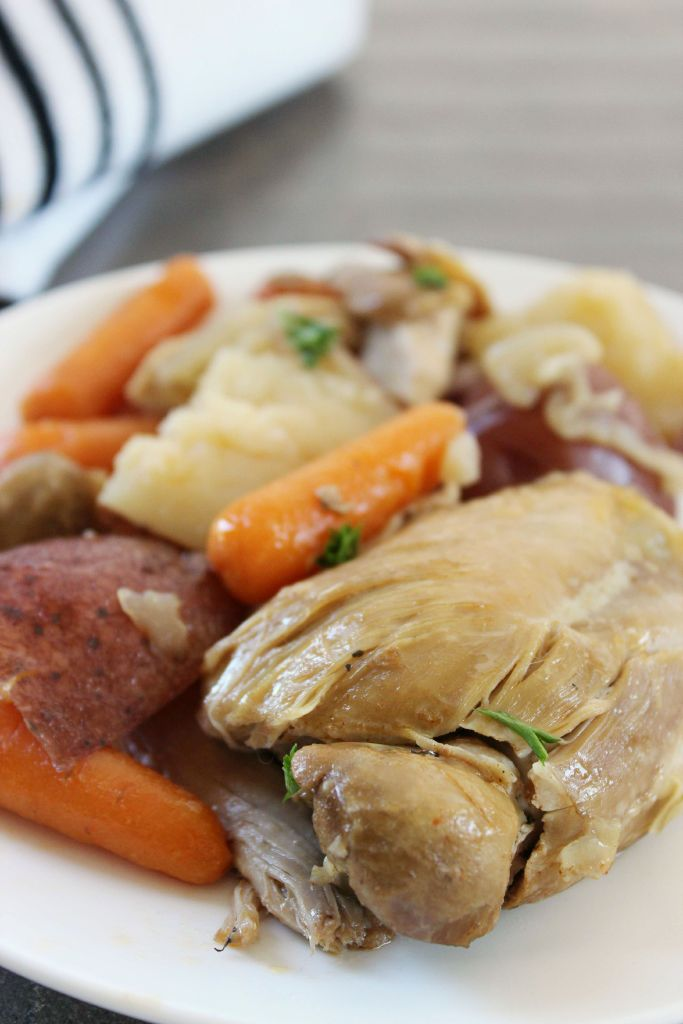 Chicken Thighs with Potatos and Carrots - Easy Slow Cooker Recipes