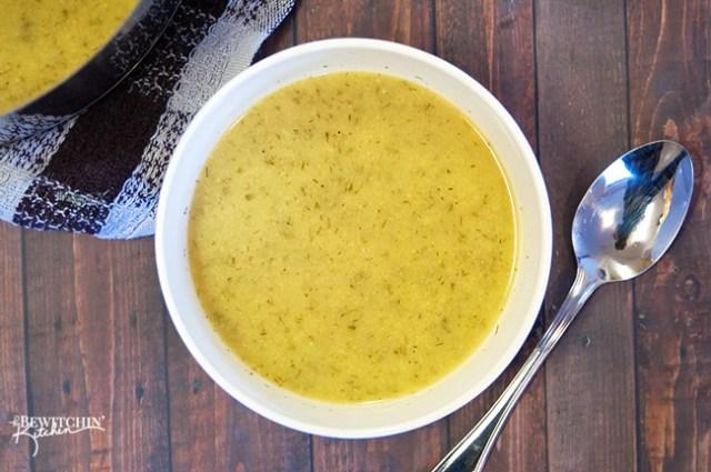 Creamy Cauliflower Dill Soup