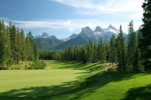 Canadian Rockies Golf Readies Fall With September