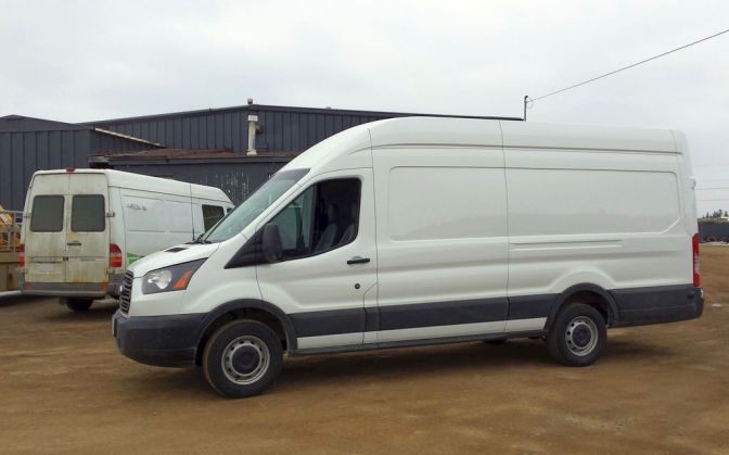 The Dodge Sprinter Is Either Really Sad Or Quietly Plotting Its Revenge