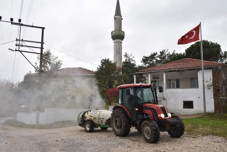 Çan Belediyesi köyleri dezenfekte ediyor