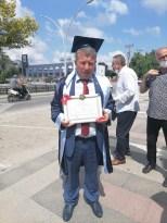 55 yaşında liseyi bitirdi