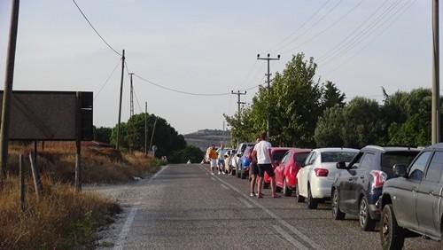 Bozcaada'da tatilcilere feribot işkencesi, 6 saat beklediler