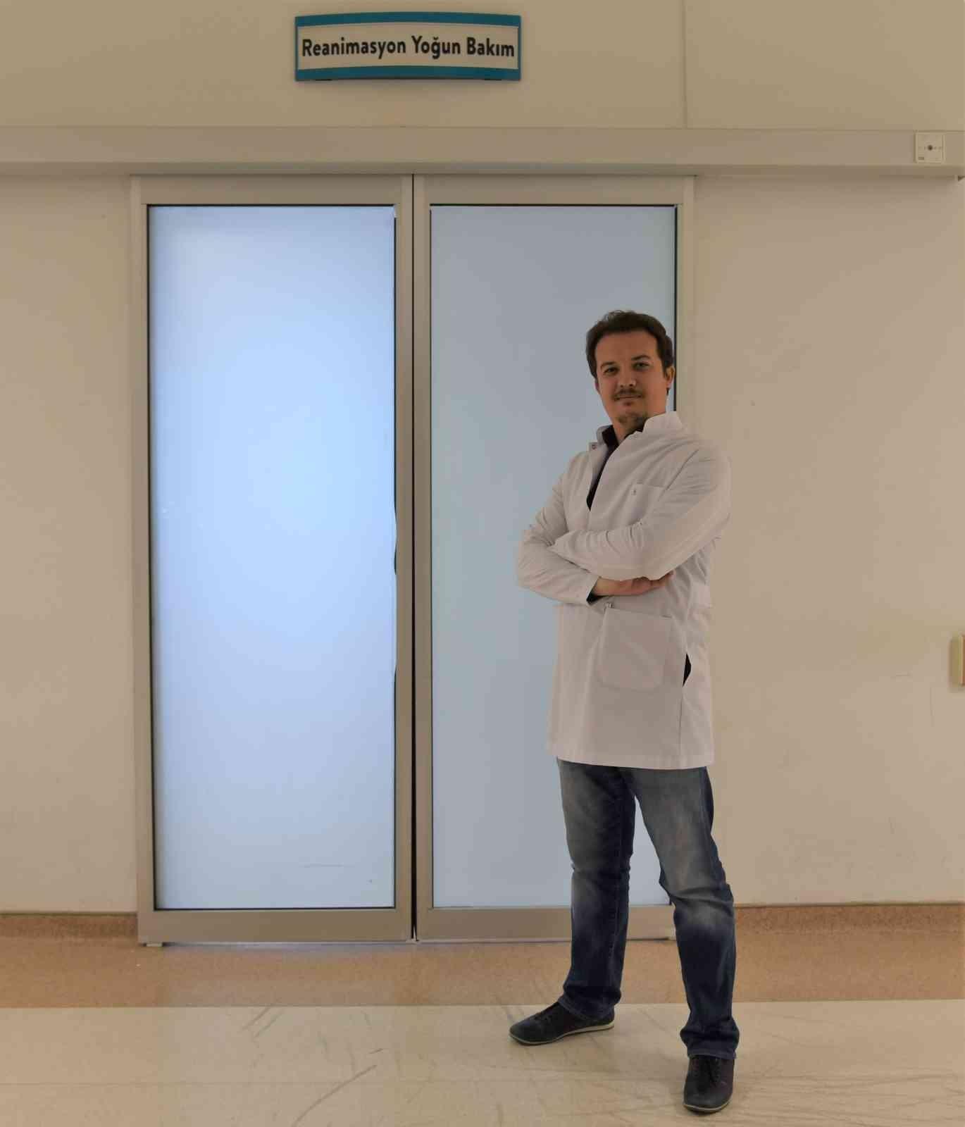 Yoğun Bakım Uzmanı Dr. Uğur Çanakkale'de göreve başladı