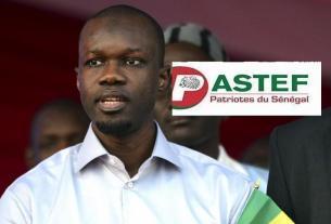 Photo de Ousmane SONKO avec le logo de Pastef.