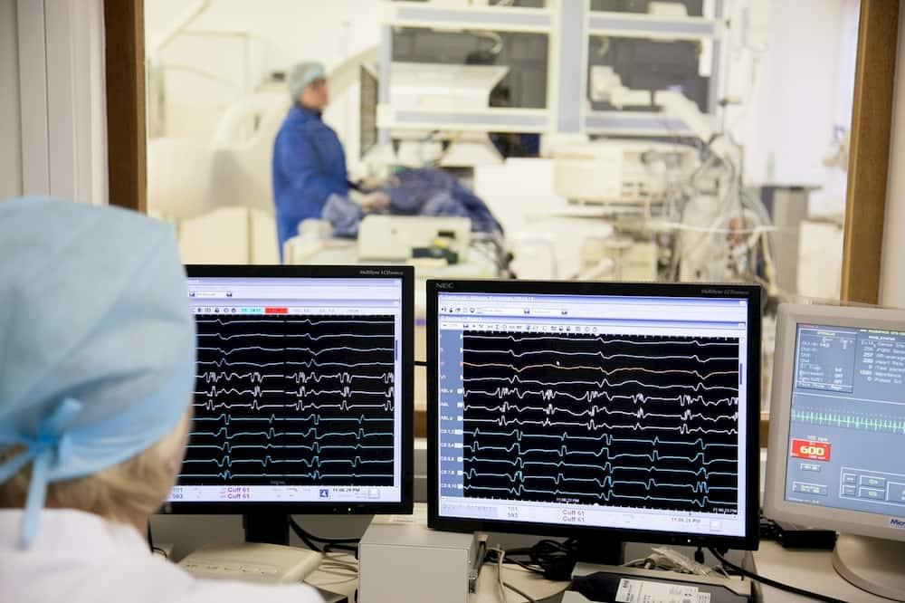 Les maladies cardiaques restent la principale cause de décès.