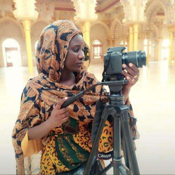 Ya Seyda camerawoman