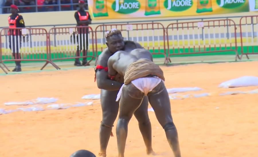 Combat Baye Mandione Jr vs Fourrière
