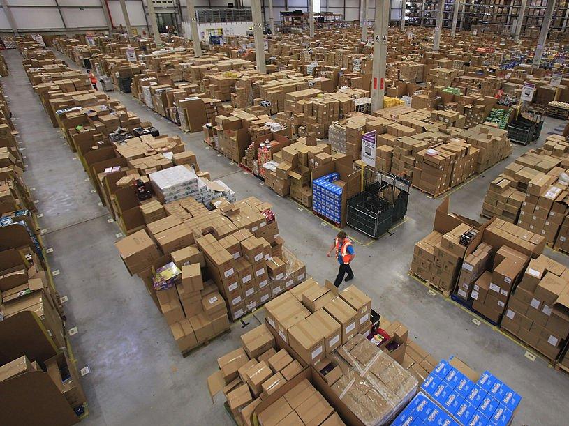 Envíos hechos por Amazon cada año