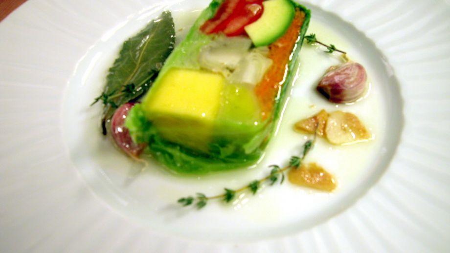 Pastel de verduras y frutas con escabeche templado