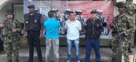 Buga| Ejército y CTI capturan a policías activos que robaban droga incautada.