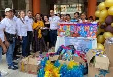 Photo of 500 niñas, niños y adolescentes recibieron kits de útiles escolares