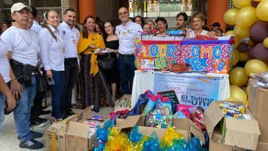 500 niñas, niños y adolescentes recibieron kits de útiles escolares