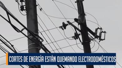 Photo of En la comuna siete de Ibagué se quejan de la reiterados cortes de engería y las afectaciones que esto está causando a los electrodomésticos