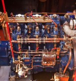 The engine is magnificent with well polished brass.