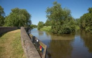 River Cherwell crossing by Aynho Weir Bridge 188 - right