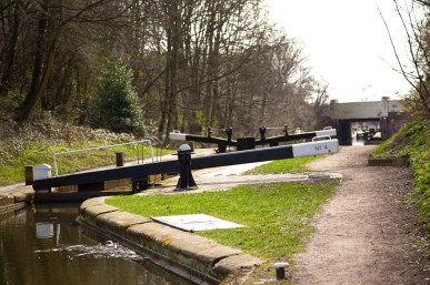 Lock 4 with Birmingham Road Bridge beyond.