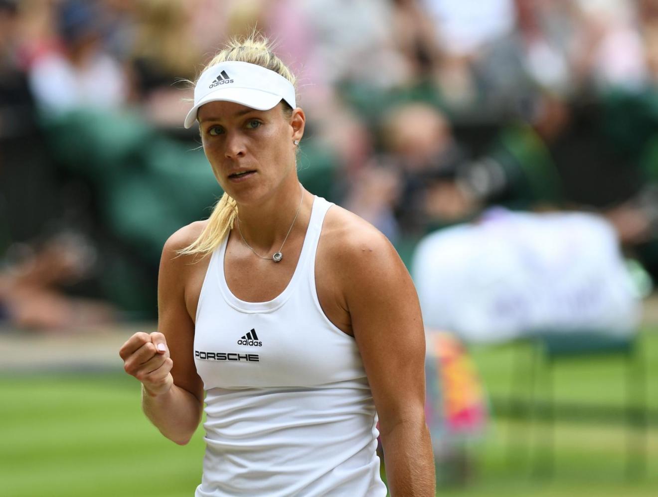 Kerber celebrando un punto en Wimbledon