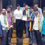 Jay karnataka sangh-submitted memorandum to Pursabhe officer