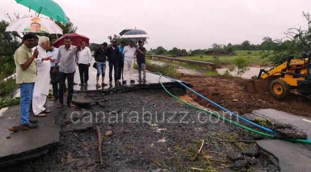 FLOOD, MLA RVD and MLC SL ghotnekar visit all areas