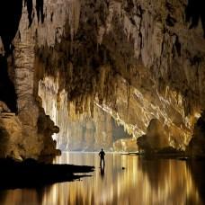 Cuevas Tham Lod, Tailandia