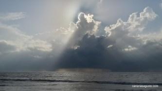 Nubes en Juhu Beach - Mumbai