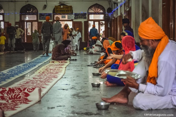 eating with locals langar